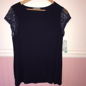 NWT Loveappella top